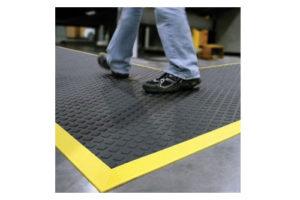 Les tapis anti fatigue dans le milieu industriel