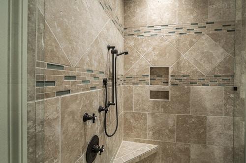 Pourquoi amenager sa salle de bain avec une douche à l'italienne?