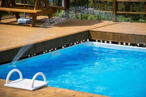 Tout savoir sur l'entretien de l'eau d'une piscine privee