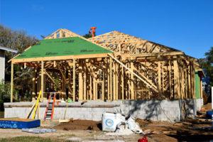 Construction à ossature bois et construction traditionnelle : les différences