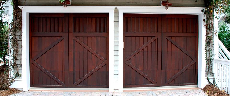Une porte garage